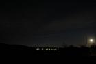 月夜のつり橋とオリオン座